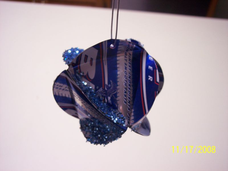 Budlight ornament